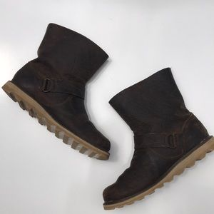 Sorel Brown Leather pull on boots